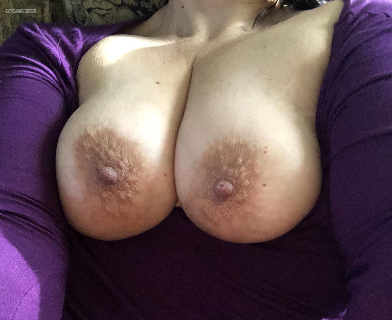Tit Flash: My Medium Tits (Selfie) - Daisy from United States