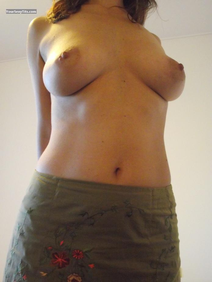 Tit Flash: Medium Tits - Bellissimalaura from Italy