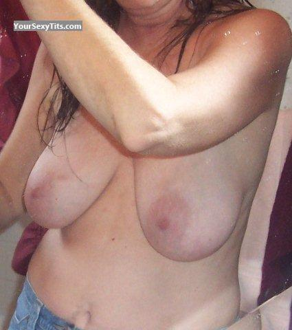 Tit Flash: Medium Tits - Hairypussy from United States