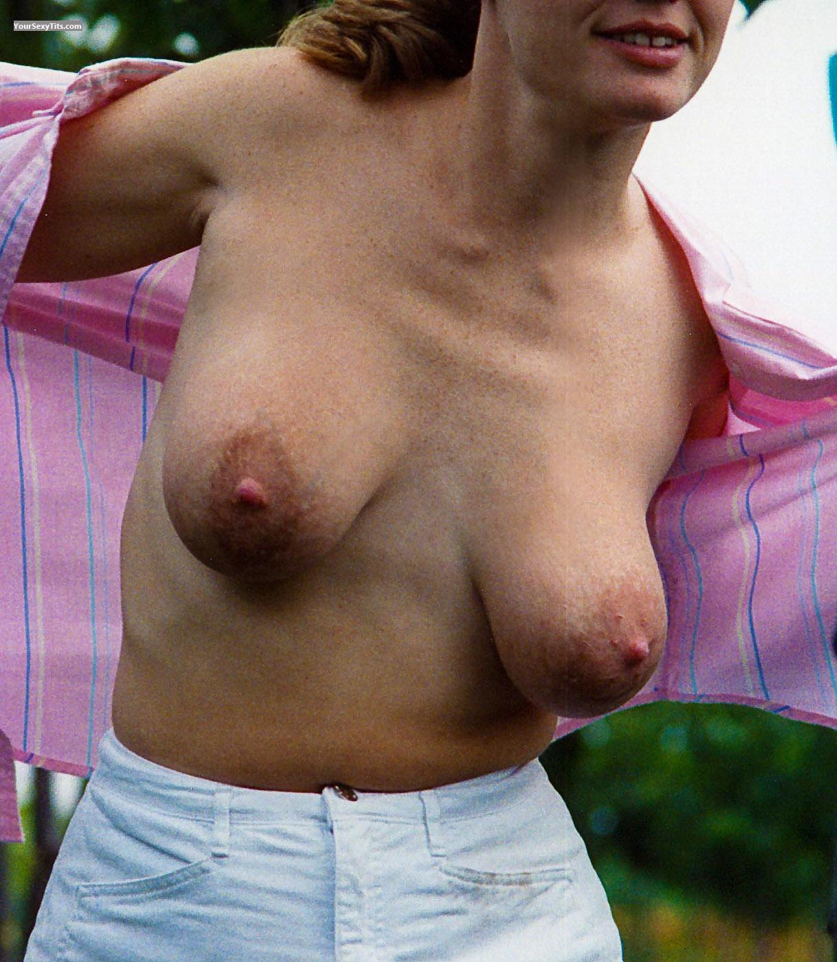 Tit Flash: Medium Tits - Beach Flasher Babe from United States