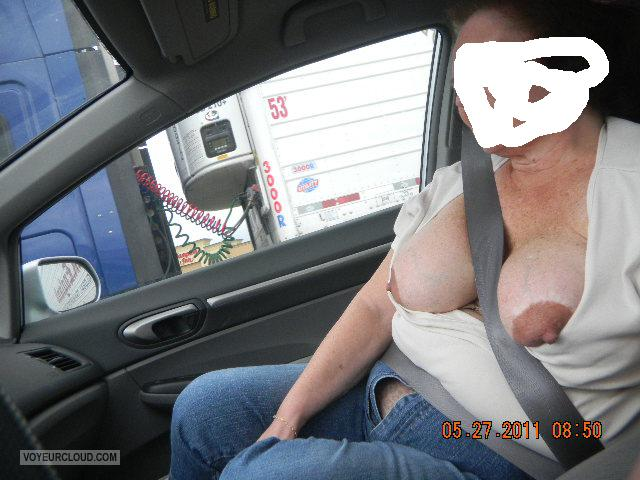 Tit Flash: Wife's Big Tits - Sue\ from United States