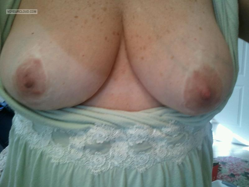 Tit Flash: Wife's Medium Tits (Selfie) - Miss FLA from United States