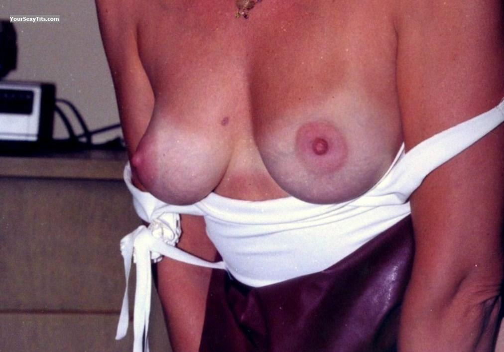 Medium Tits Mrs Flash