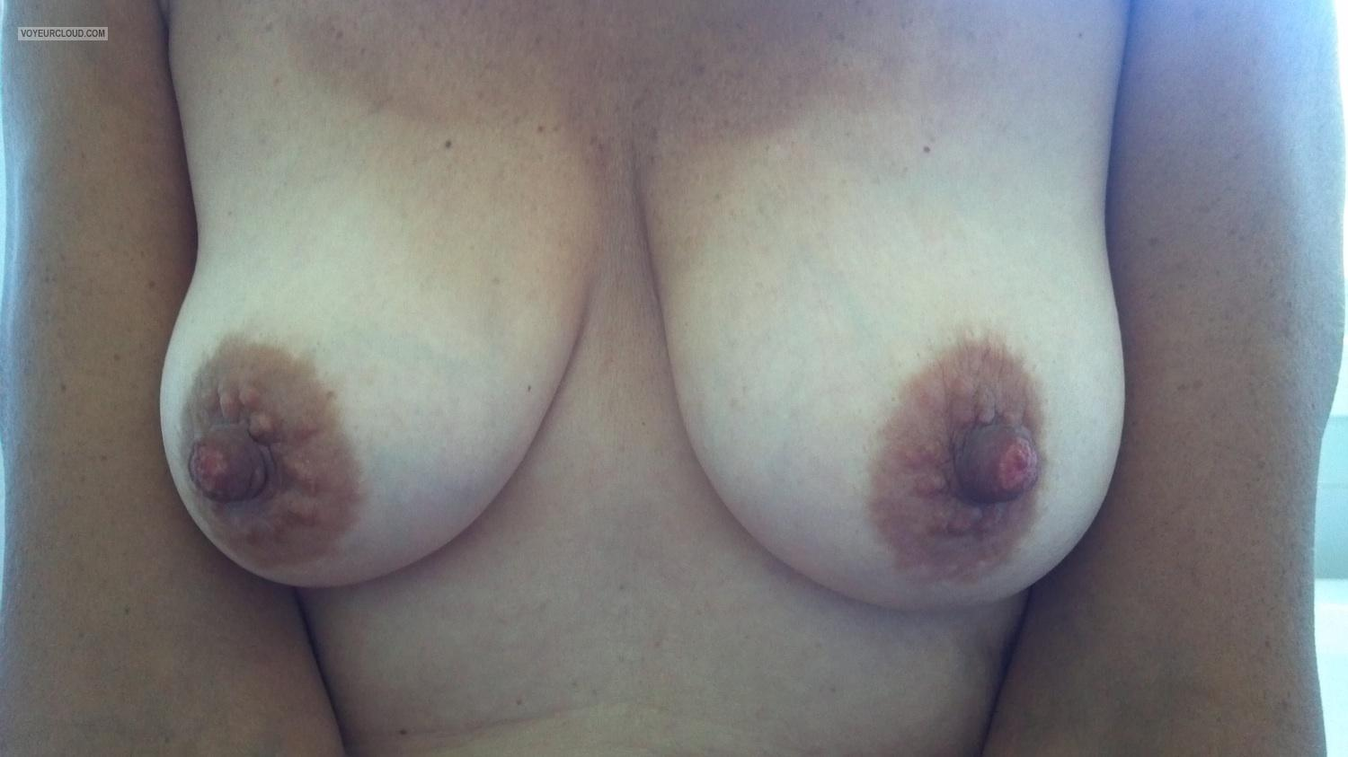 Tit Flash: My Medium Tits (Selfie) - GreatNips69 from United States