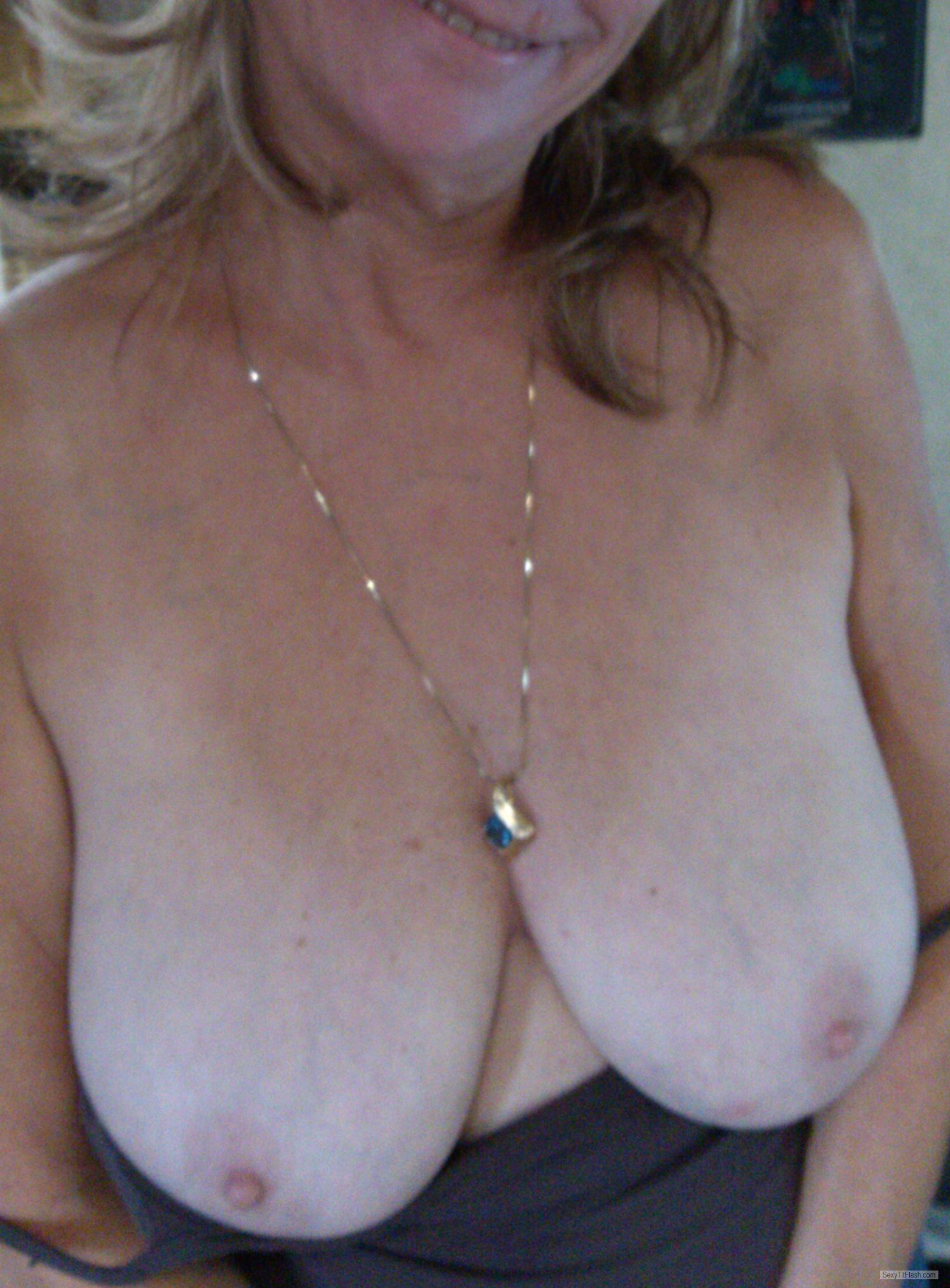 Tit Flash: Wife's Medium Tits - Molly Set from United States