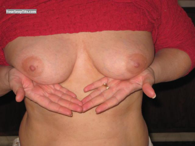 Tit Flash: Medium Tits - Limaro from United States