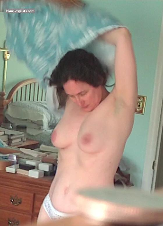 Medium Tits Topless Elina
