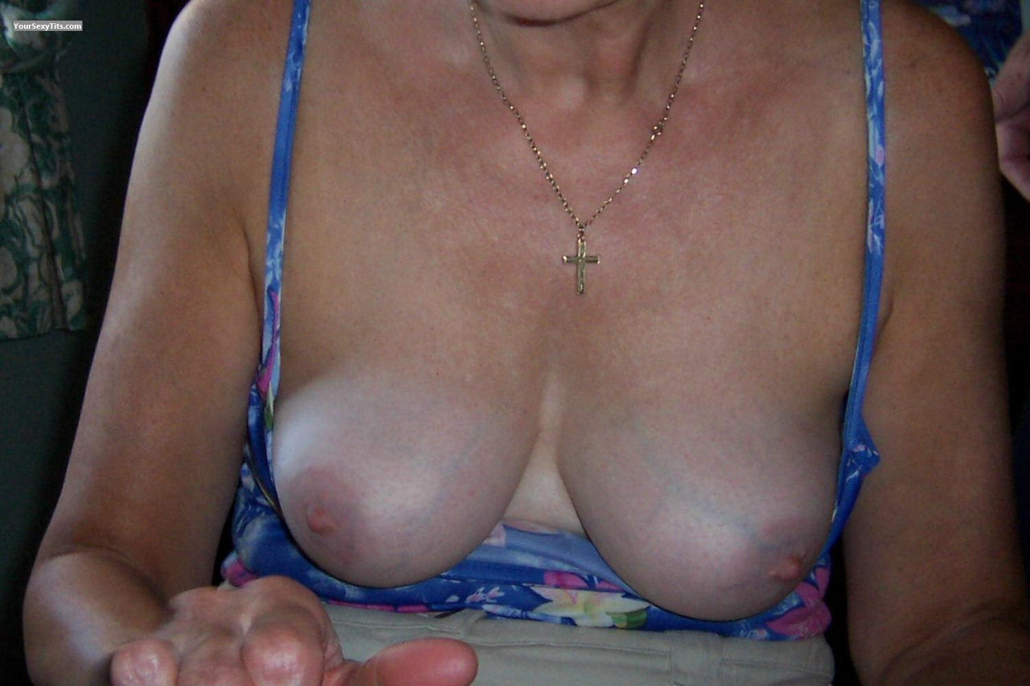 Tit Flash: Medium Tits - BubblySally from United Kingdom