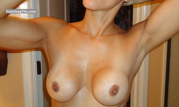 Medium Tits Zsexytitties