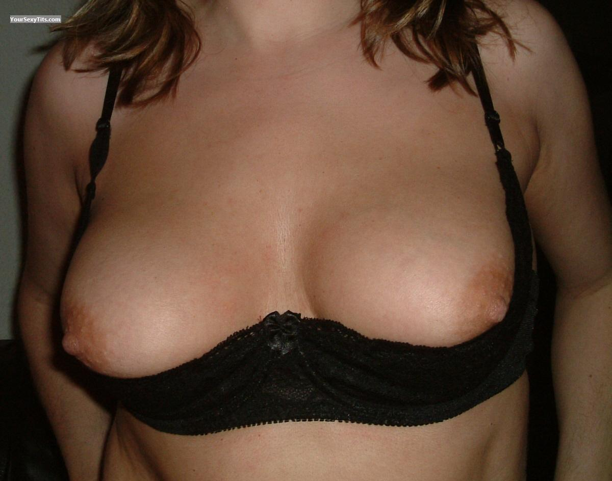Tit Flash: Medium Tits - Sonja from Spain