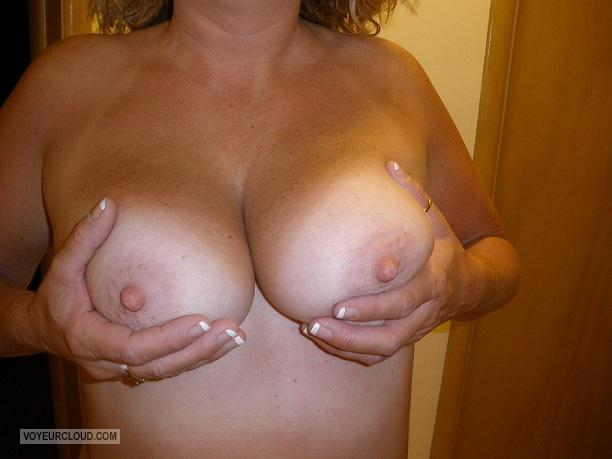 Tit Flash: Girlfriend's Medium Tits - My New Freind :) from United States