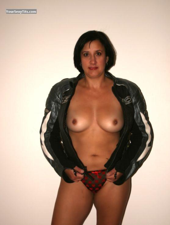 Tit Flash: Medium Tits - Topless Ciska From Pretoria from South Africa