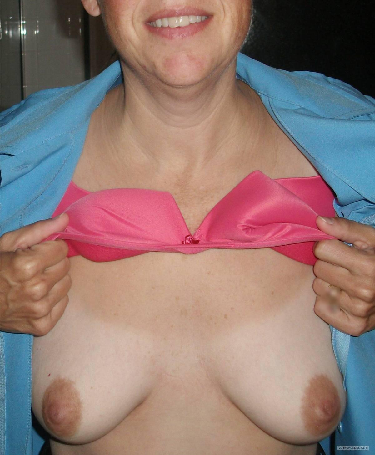 Tit Flash: Wife's Small Tits - CGL from United States