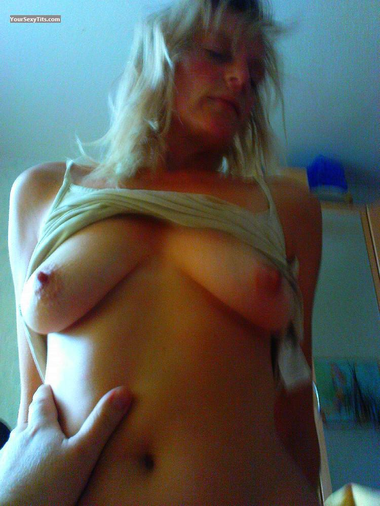 Tit Flash: Medium Tits - Topless Co from United States