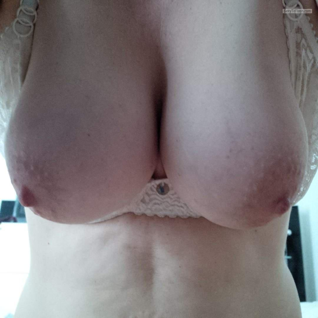 Tit Flash: Wife's Medium Tits - Kjsxxx from Germany