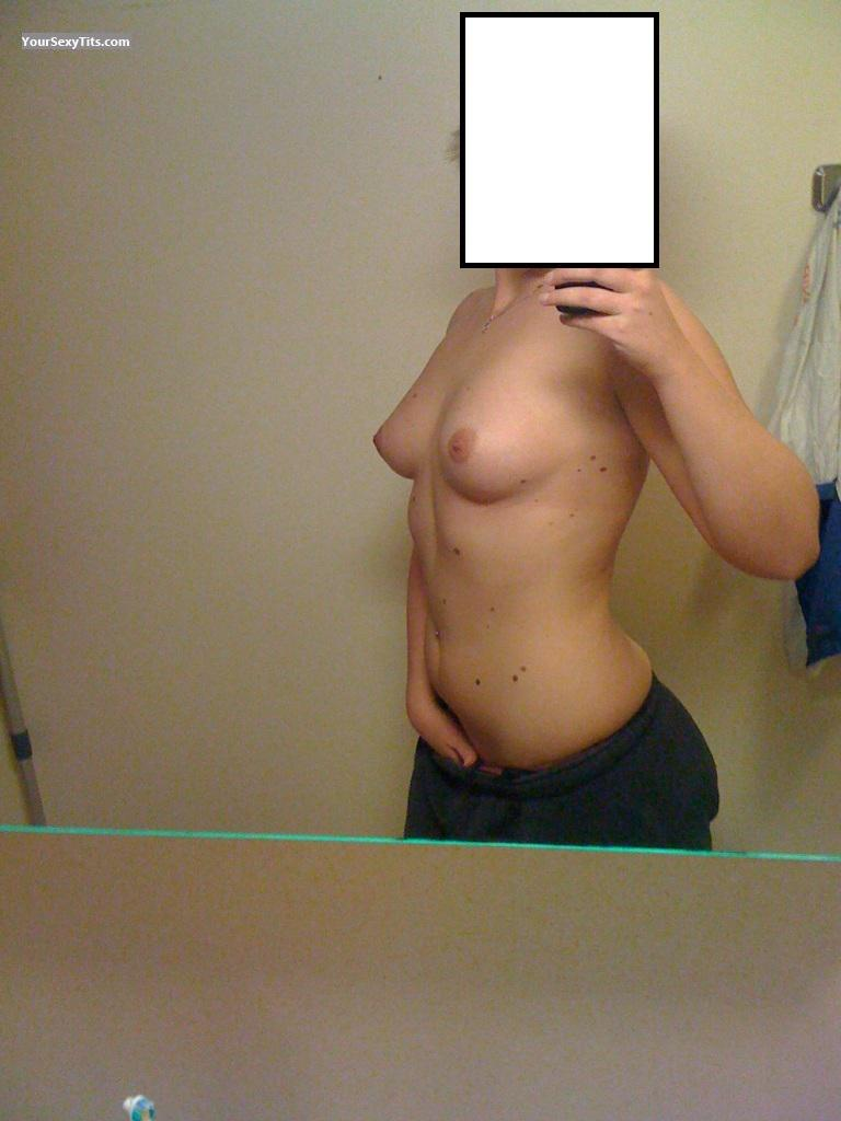 Tit Flash: Girlfriend's Medium Tits (Selfie) - Hot! from Norway