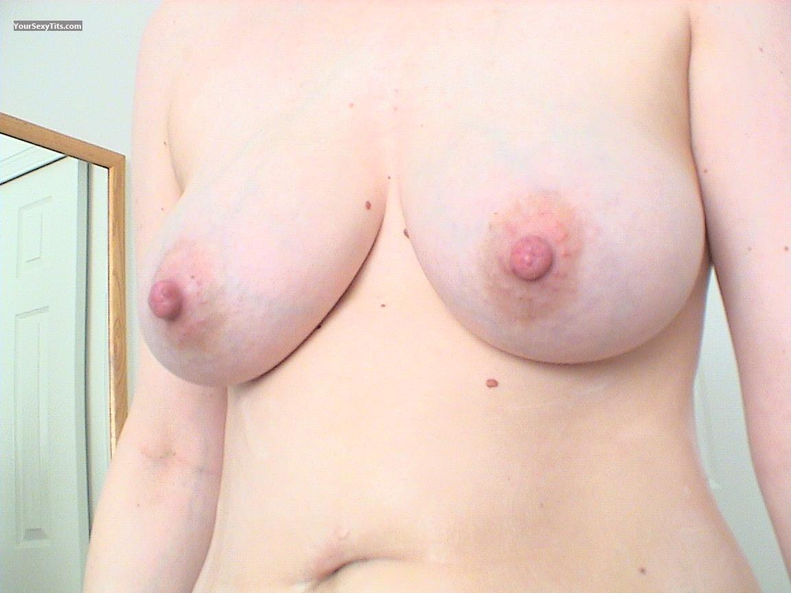 Tit Flash: Medium Tits - Marie from United States