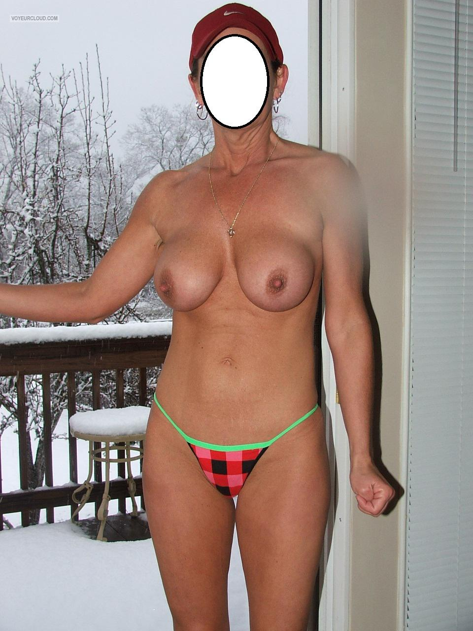 Tit Flash: Wife's Medium Tits - Rebel Chick from United States