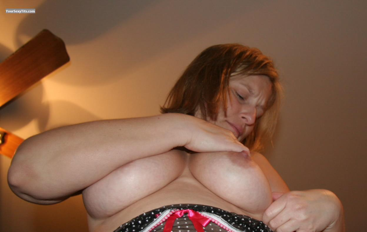 Tit Flash: Medium Tits - Topless American Girl! from United States