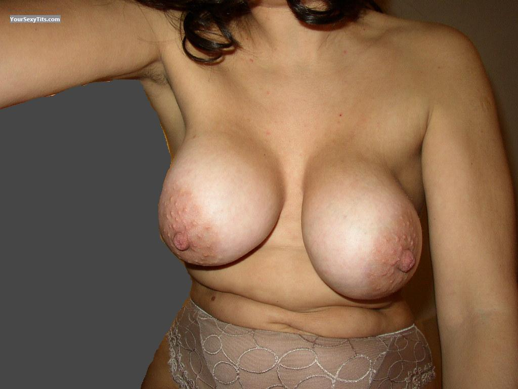 Tit Flash: Medium Tits - Tlr from Italy