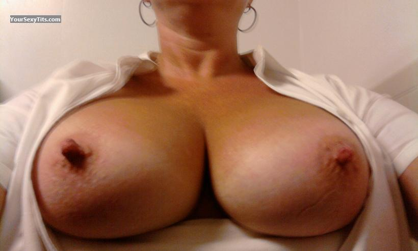My Medium Tits Selfie by Ms Gr8pair