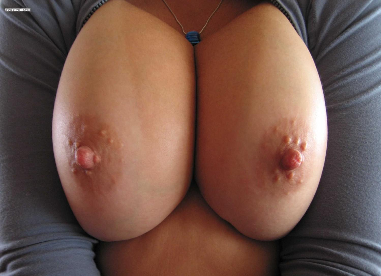 Big Tits Of My Wife Faans Flasher