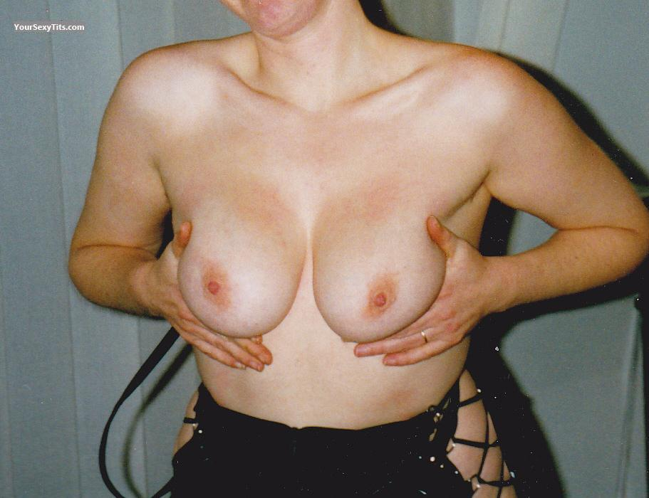 Medium Tits Of My Wife Gypsy