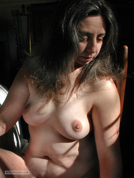 Tit Flash: Wife's Medium Tits - Topless Maybe from United States