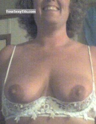 Medium Tits Milfync