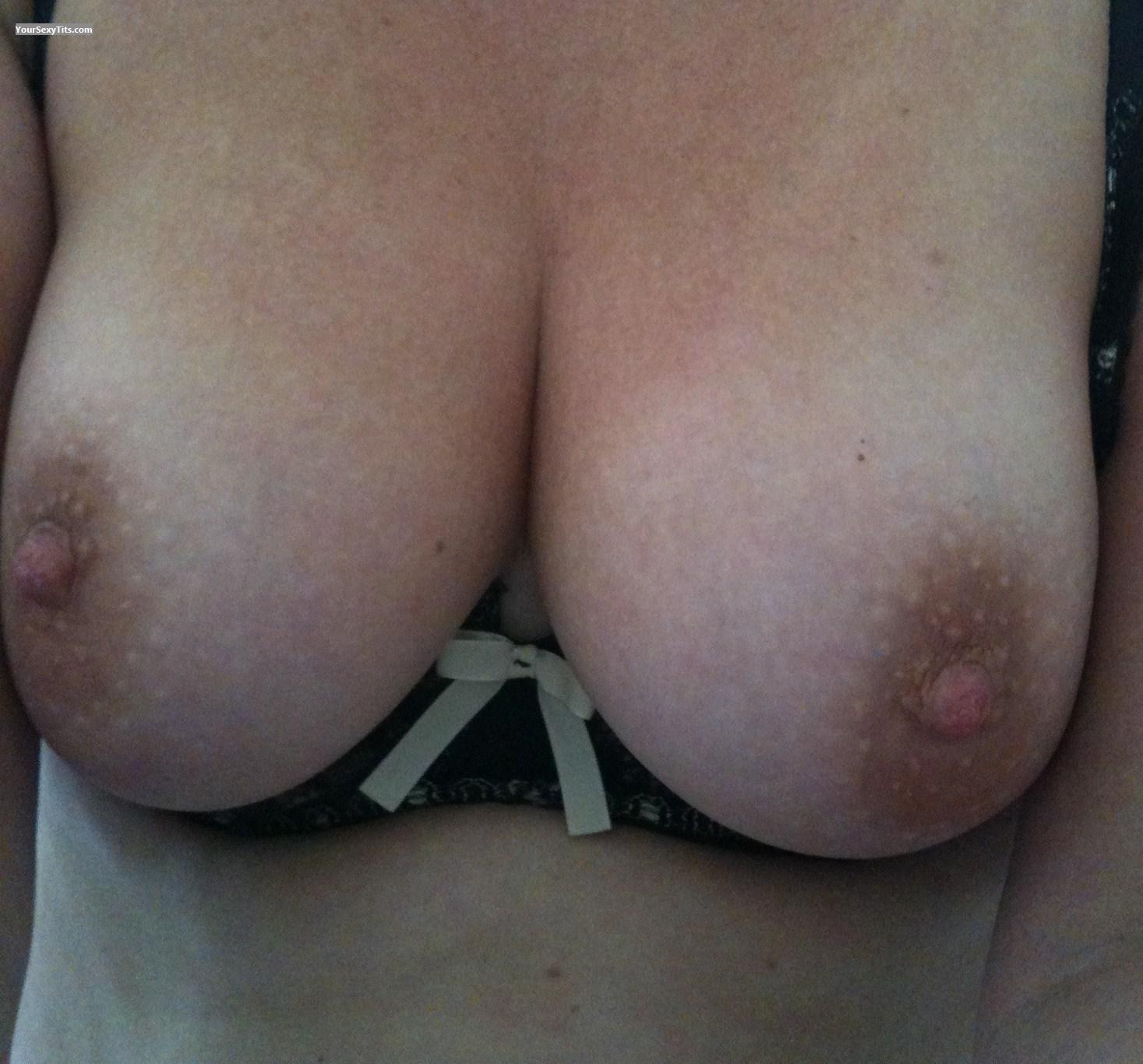 Tit Flash: Medium Tits - Summer Angel from Ireland