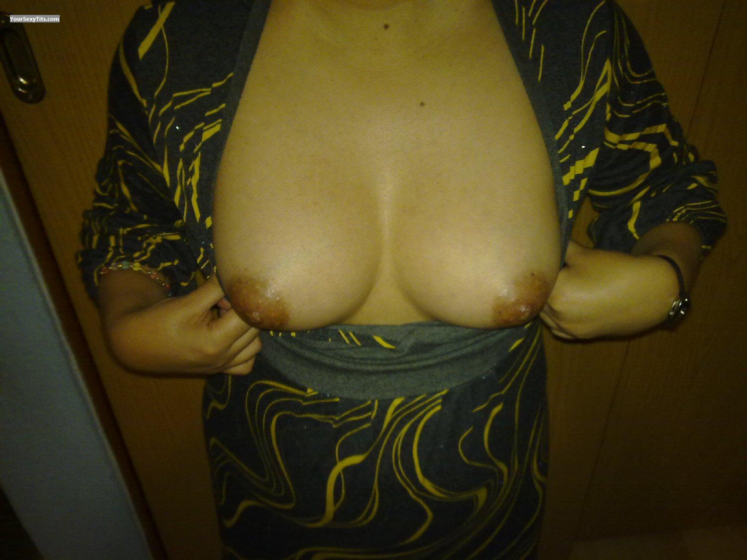 Tit Flash: Medium Tits - MiPosha from Mexico
