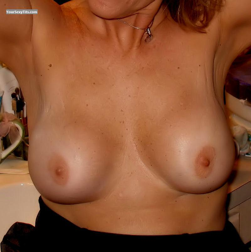 Tit Flash: Medium Tits - Eaton from United States
