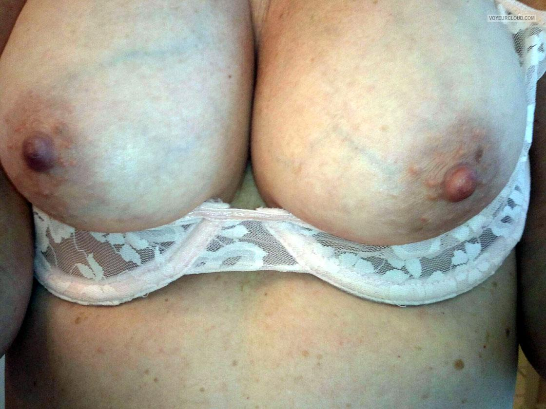 Tit Flash: Wife's Big Tits - Testing Waters from United States