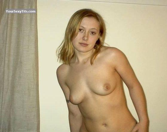 Tit Flash: Medium Tits - Topless Jess from United States