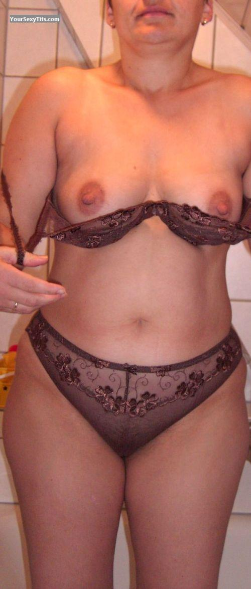 Tit Flash: Wife's Medium Tits (Selfie) - Anne from Germany