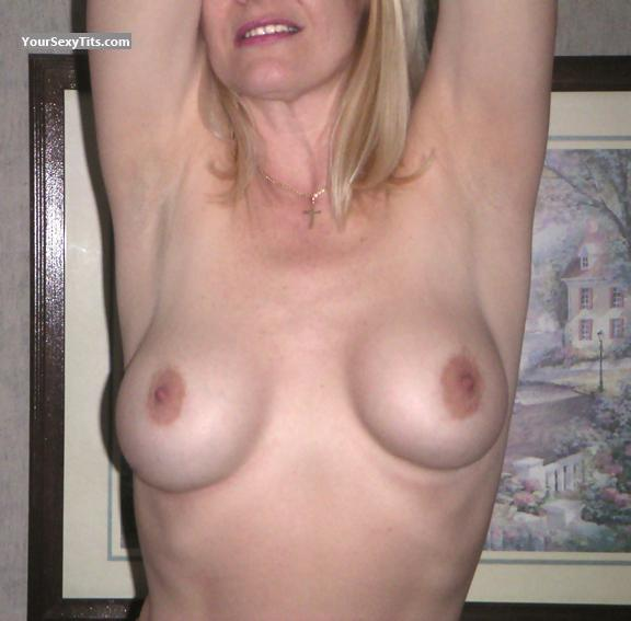 Tit Flash: Medium Tits - BYJ from United States