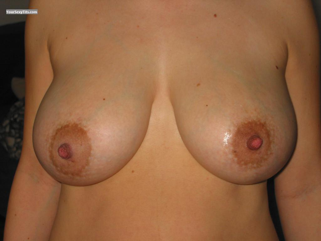 Medium Tits Claudia