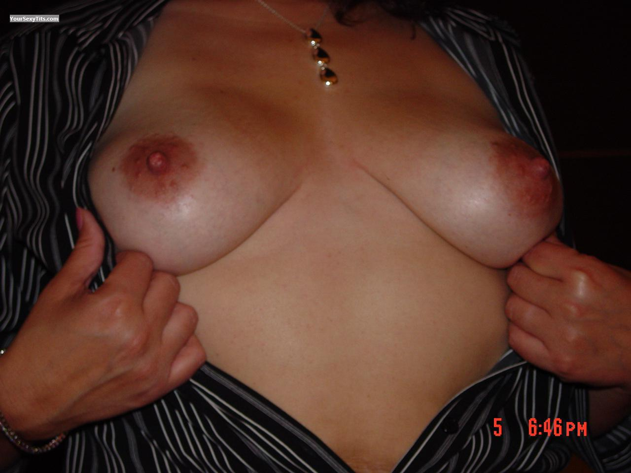 Tit Flash: Medium Tits - Joey6277 from United States