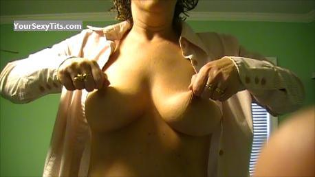 Medium Tits Of My Wife Topless Kimba