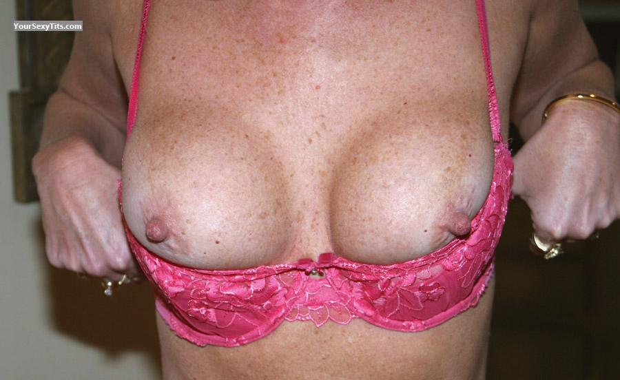 Tit Flash: Medium Tits - Couple519 from United States