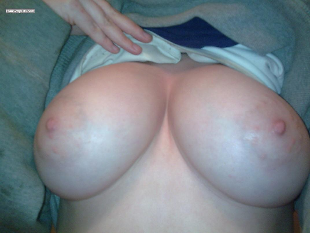 Medium Tits Juugs