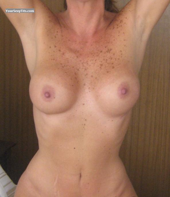Tit Flash: Medium Tits - Alexia from Argentina