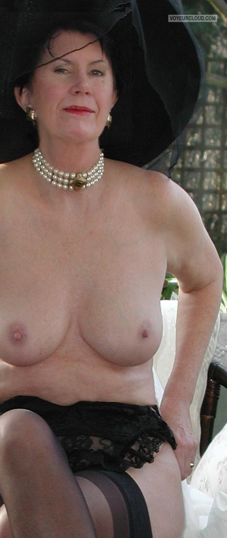 Tit Flash: Wife's Medium Tits - Topless Monica from United States