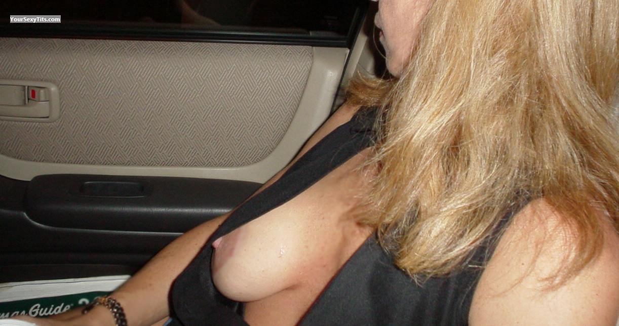 Tit Flash: Medium Tits - Em from United States