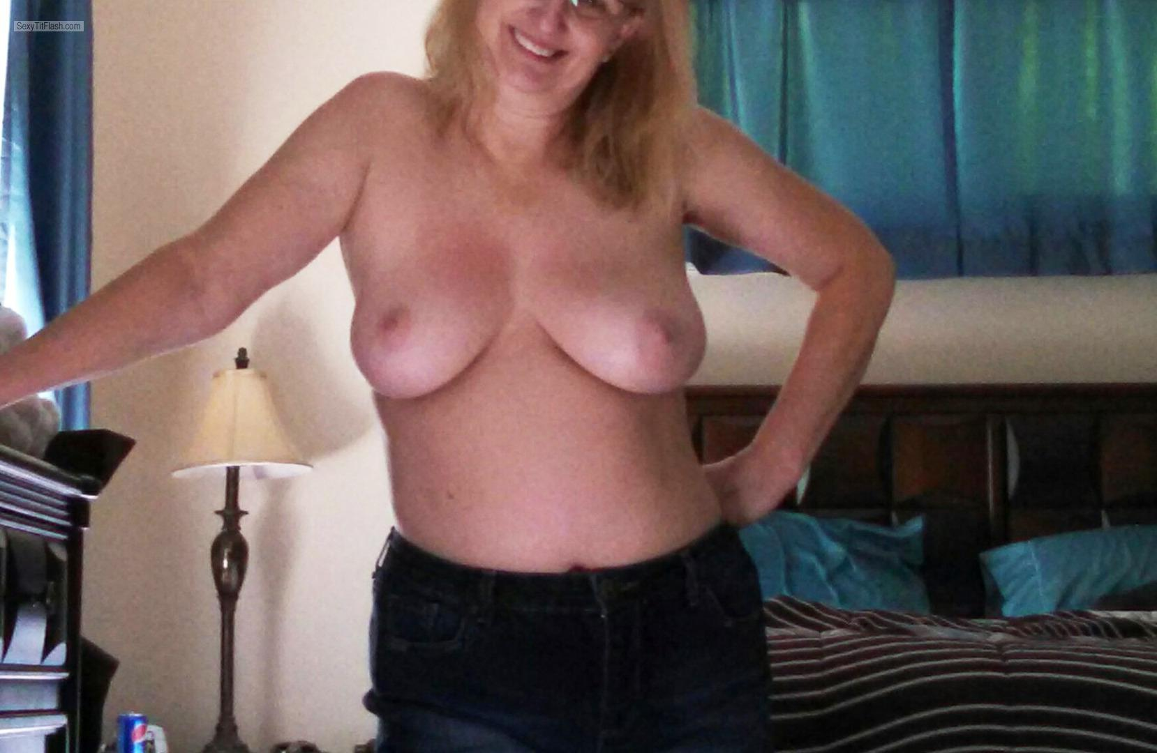 Tit Flash: My Medium Tits - Sexy Sexy Sharon from United States
