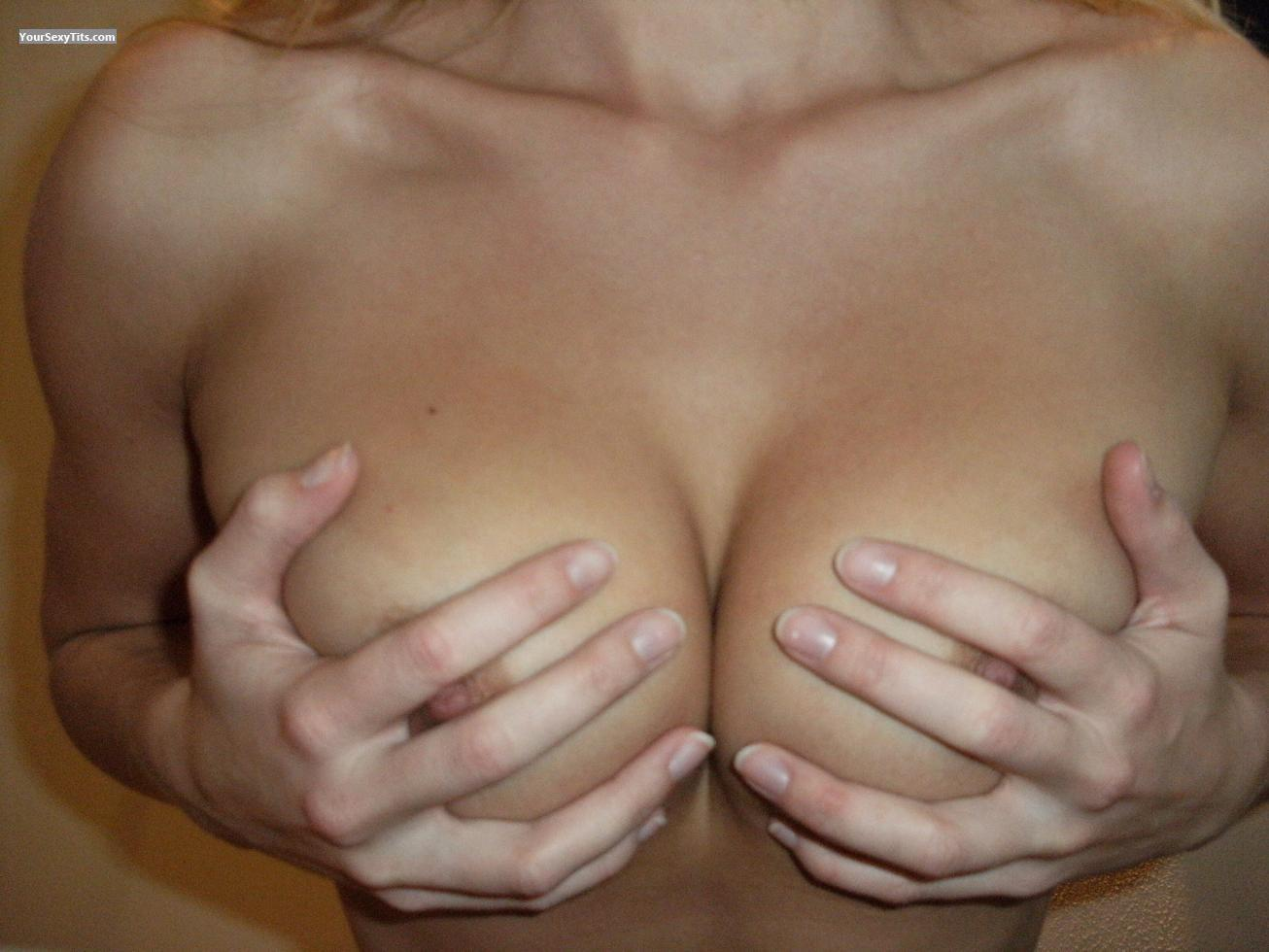 Medium Tits Gf 19yo Tits 1st Time