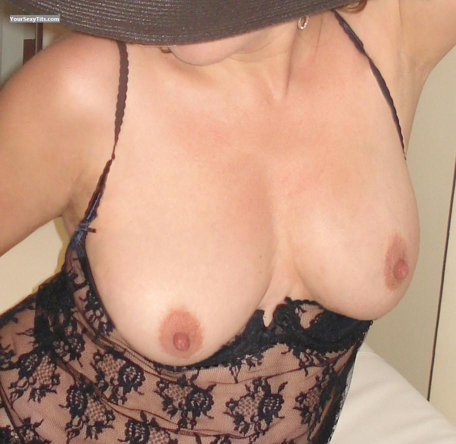 Tit Flash: Medium Tits - Mb from United States
