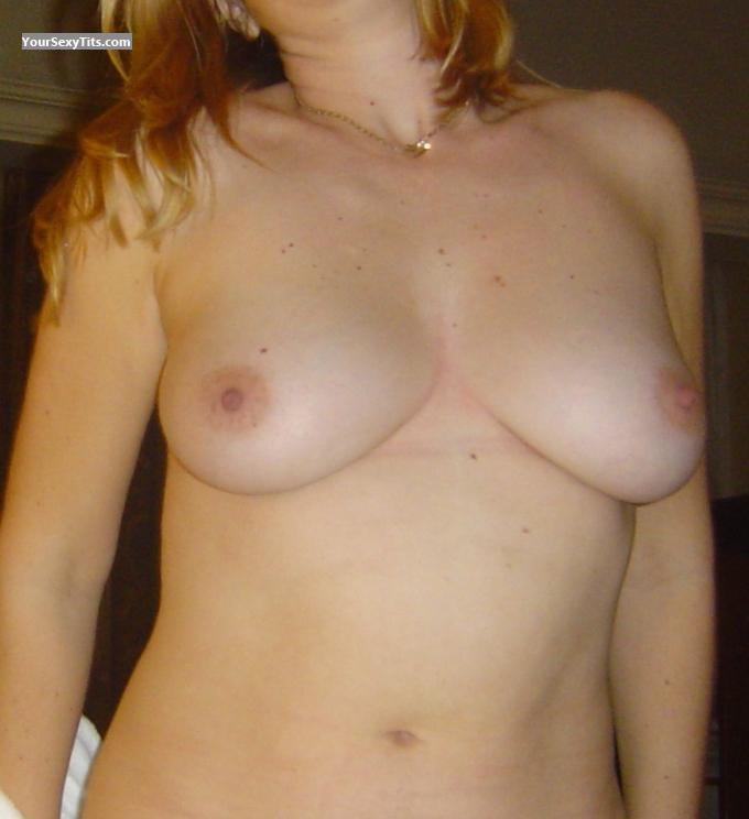 Tit Flash: Medium Tits - Nikki from South Africa