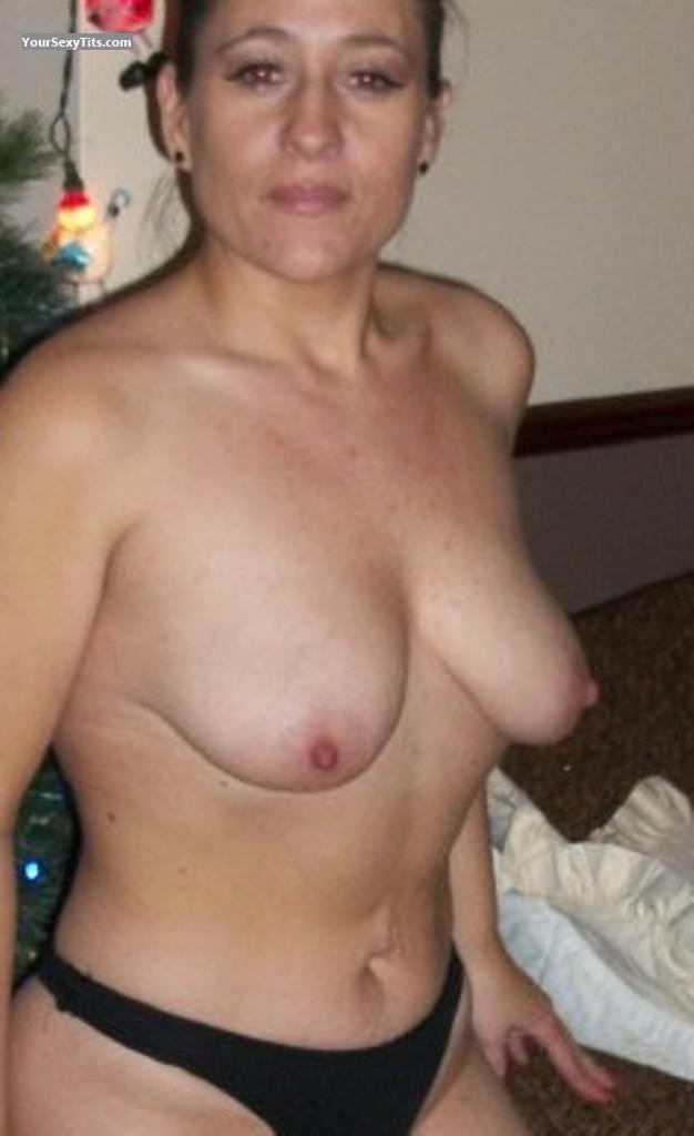 Tit Flash: Medium Tits - Topless Highland from United Kingdom