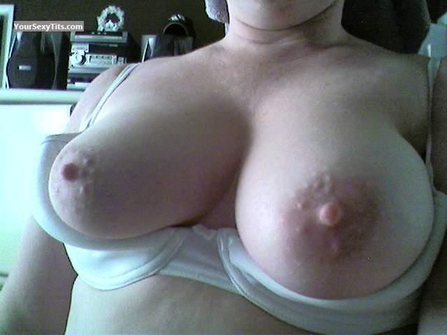 Tit Flash: Medium Tits - Wat123106 from United States